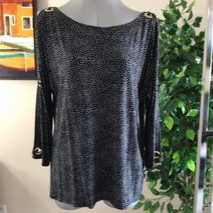XL Cable & Gauge polka dot top with split sleeves